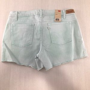 Levi's •NWT• Cut-Off Jean Shorts size 10